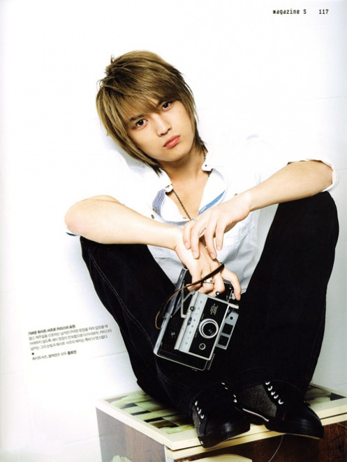 http://bunnyandbear.files.wordpress.com/2010/04/jaejoong26.jpg